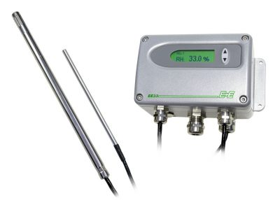 Industrial humidity and temperature transmitter